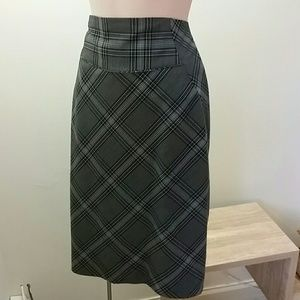 Size 2 business pin skirt